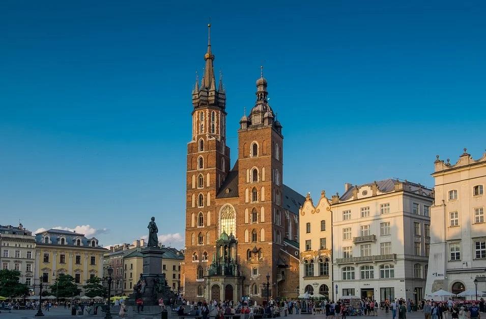 kościół i święta w polsce